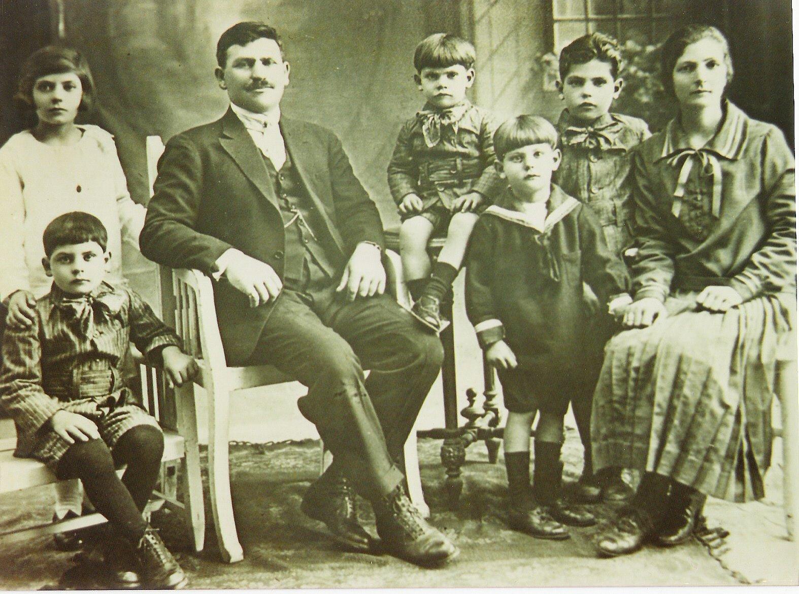 Ernesto & Family